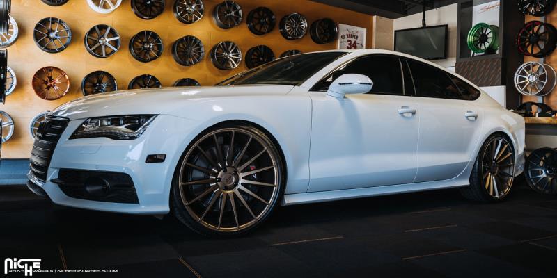 Audi S7 Form - M158
