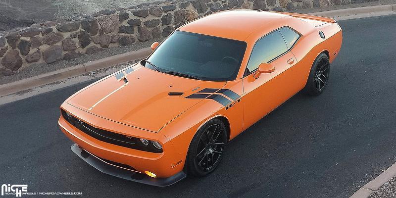 Dodge Challenger Targa - M130