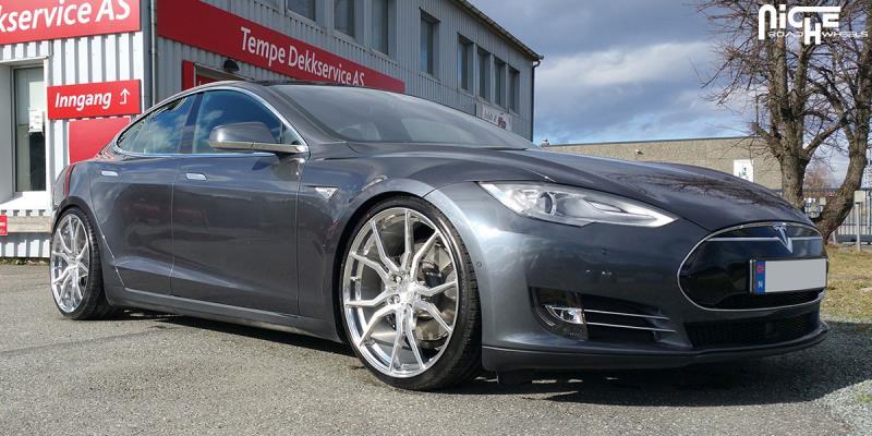 Tesla Model S Ascari