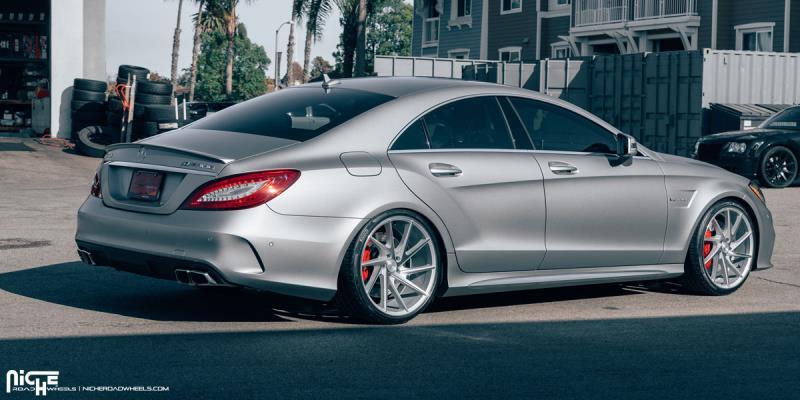 Mercedes-Benz AMG CLS63 Invert - M162