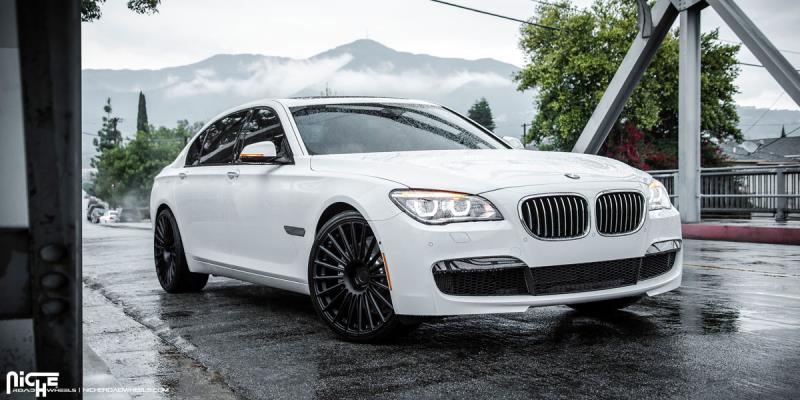 BMW 7-Series Stance