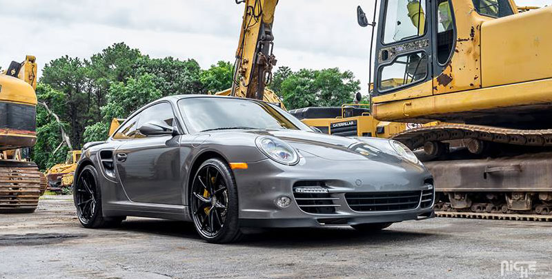 Porsche 718 Cayman Misano